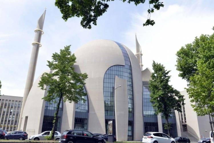Dünyanın En Güzel Camilerden Biri: Köln Merkez Camii